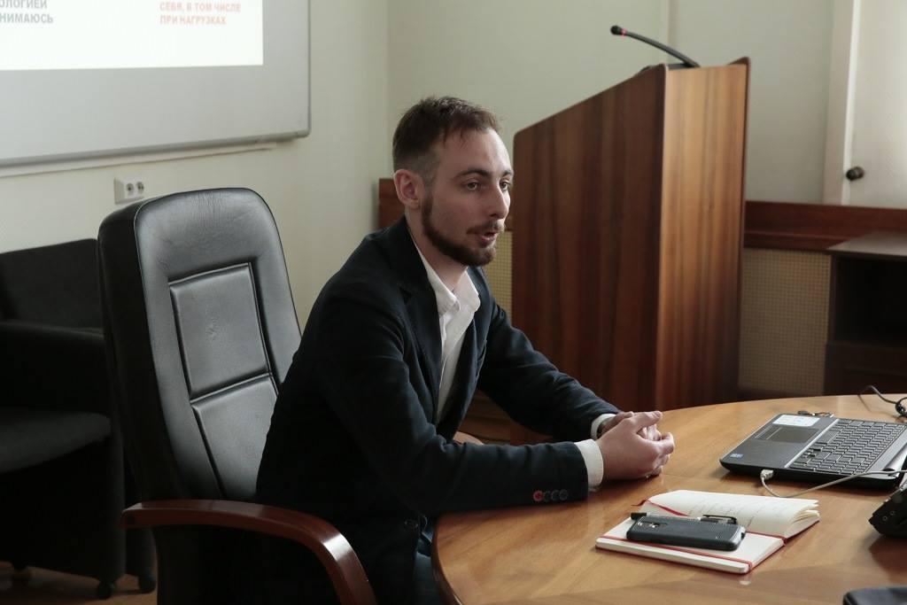 Константин Бочавер