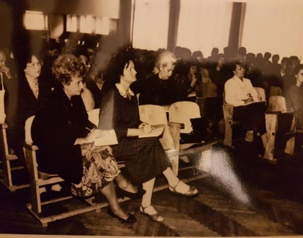 Сессия ВНИК «Школа-микрорайон» в Каунасе. Слева направо: Бочарова В.Г., Люлюгене И.Ю., Фомина А.Б. 1991 год