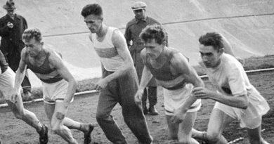 Советские спортсмены— Герои войны